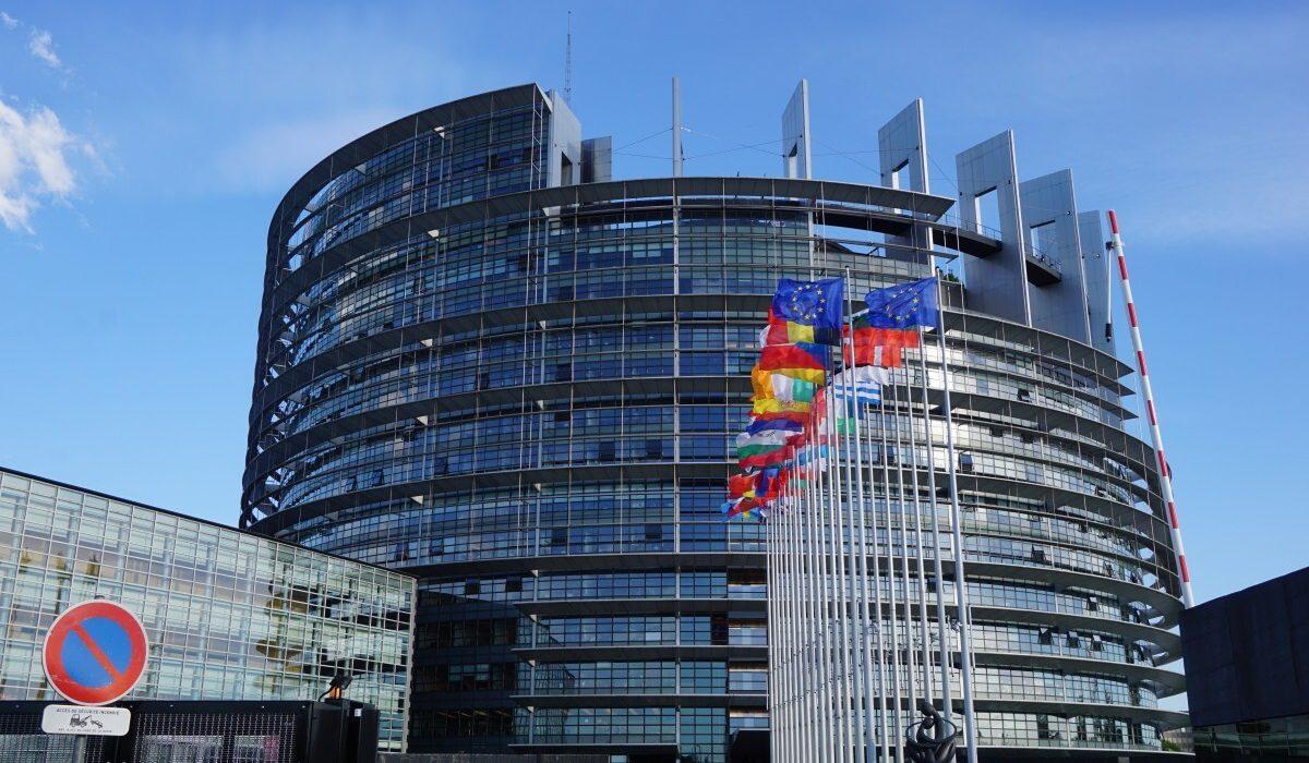 parlement européen sous le soleil